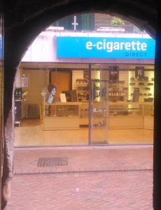 e-cigaret (c) WebGang